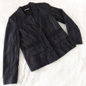 T Tahari Black Snakeskin Print Blazer
